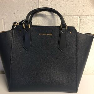 Michael Kors Hayes Large Leather Tote